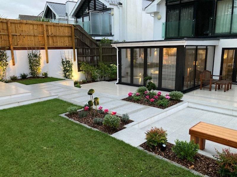 patio and garden min